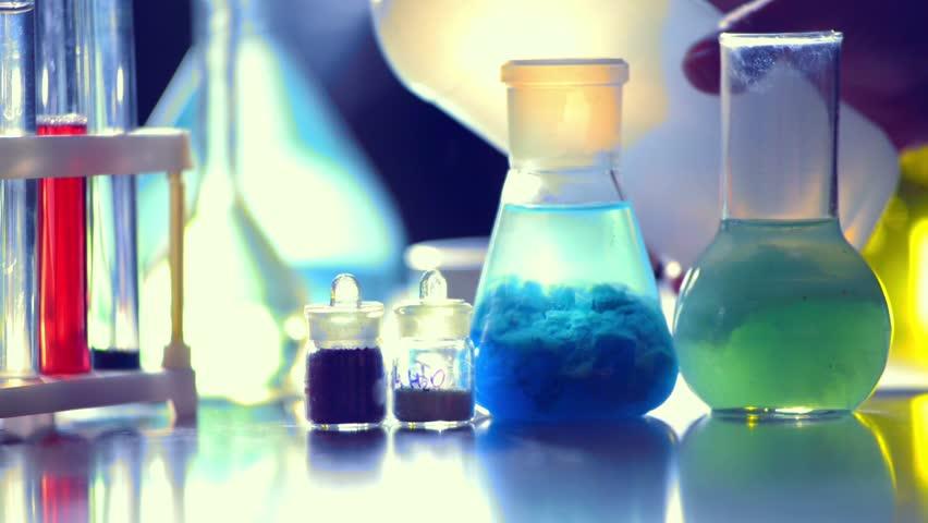 تاریخچه ماده شیمیایی کاتالیزور