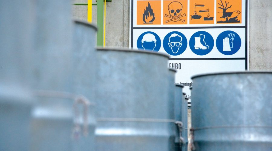 فروش مواد شیمیایی صنعتی شرکت مرک
